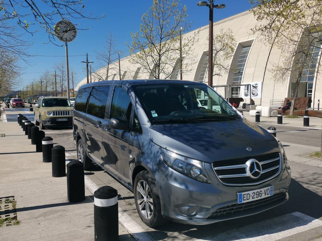 VTC à Avignon Transfert Gares Aéroport